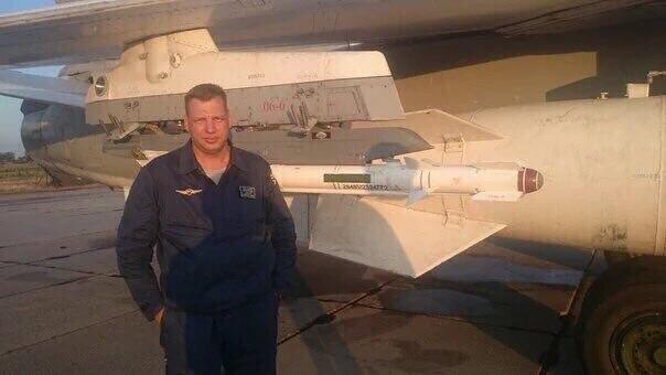 Кадры с пилотом сбитого в Турции самолета