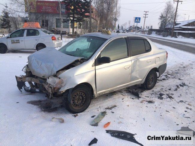 ДТП в г. Ленске: на перекрестке столкнулись Т-Платц и Т-Аллион