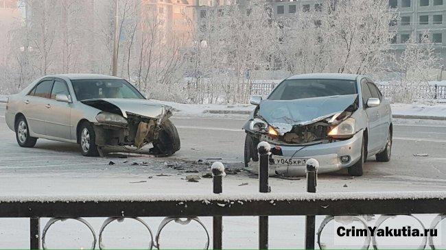 ДТП на ул.Лермонтова в Якутске