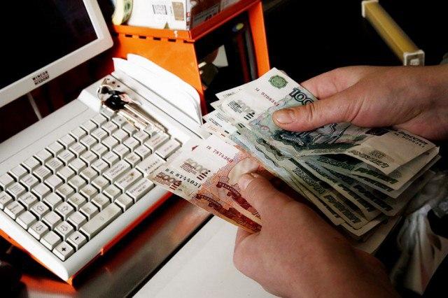 Злоумышленник с размахом встретил Новый год на похищенные из кассы ресторана 50 тысяч рублей