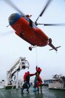 В Якутии срочно эвакуировали члена экипажа морского судна