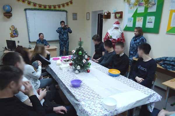 В тюрьмах Якутии прошли новогодние мероприятия, а также введено праздничное меню