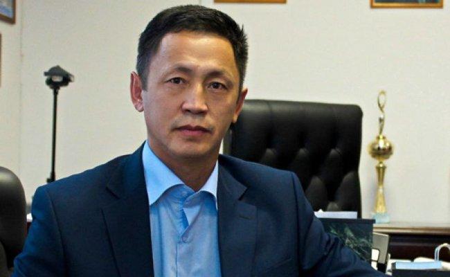 В отношении главы Усть-Майского района избрана мера пресечения