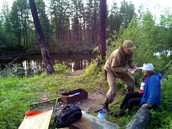 В Южной Якутии спасли 88-летнюю бабушку, потерявшую сознание в лесу
