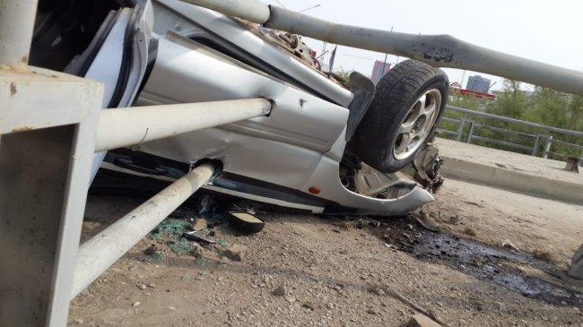 Автомобиль перевернулся в Якутске